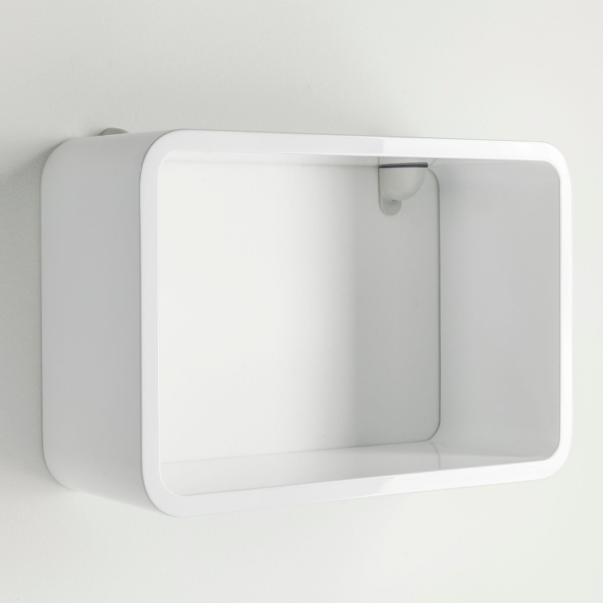 Mensola cubica a parete big matrioska in legno bianco 60 x for Mensole legno bianco