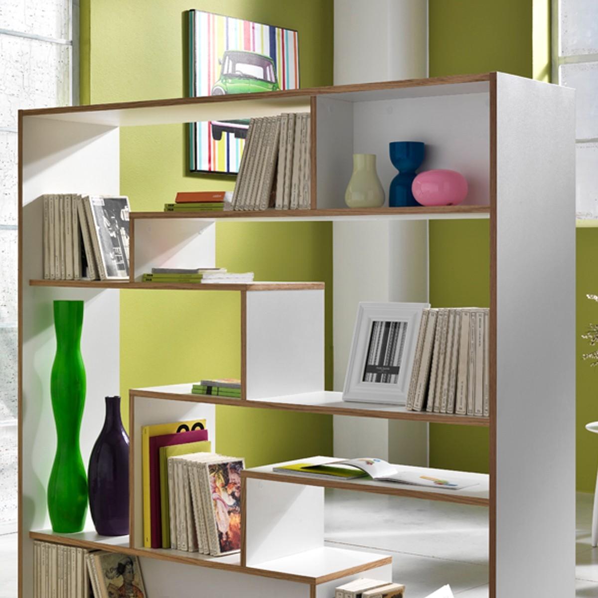 Libreria su ruote moving in legno laccato bianco 145 x 160 cm for Librerie design parete
