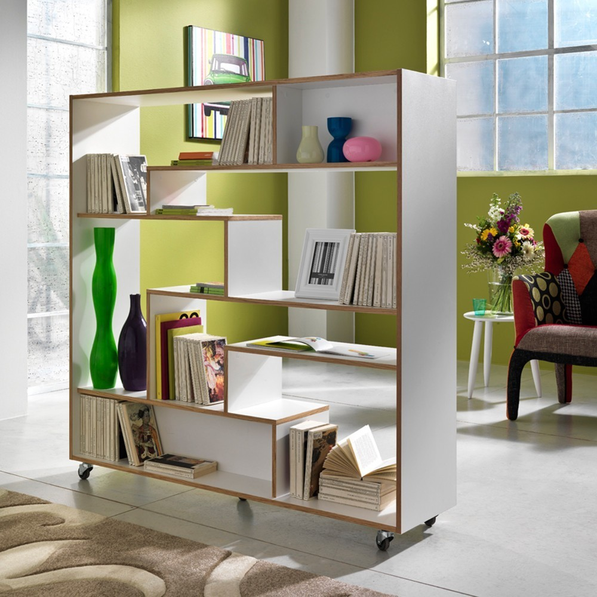 Libreria su ruote moving in legno laccato bianco 145 x 160 cm for Legno laccato