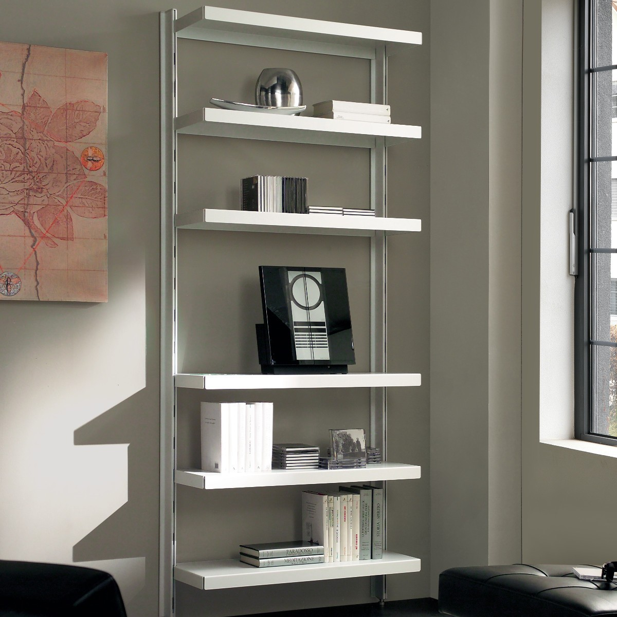 Scaffale in metallo nolan a muro in acciaio bianco 85 x 32 for Libreria a muro bianca