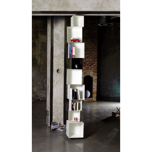 Libreria design a colonna in acciaio bianco Skatola sk33