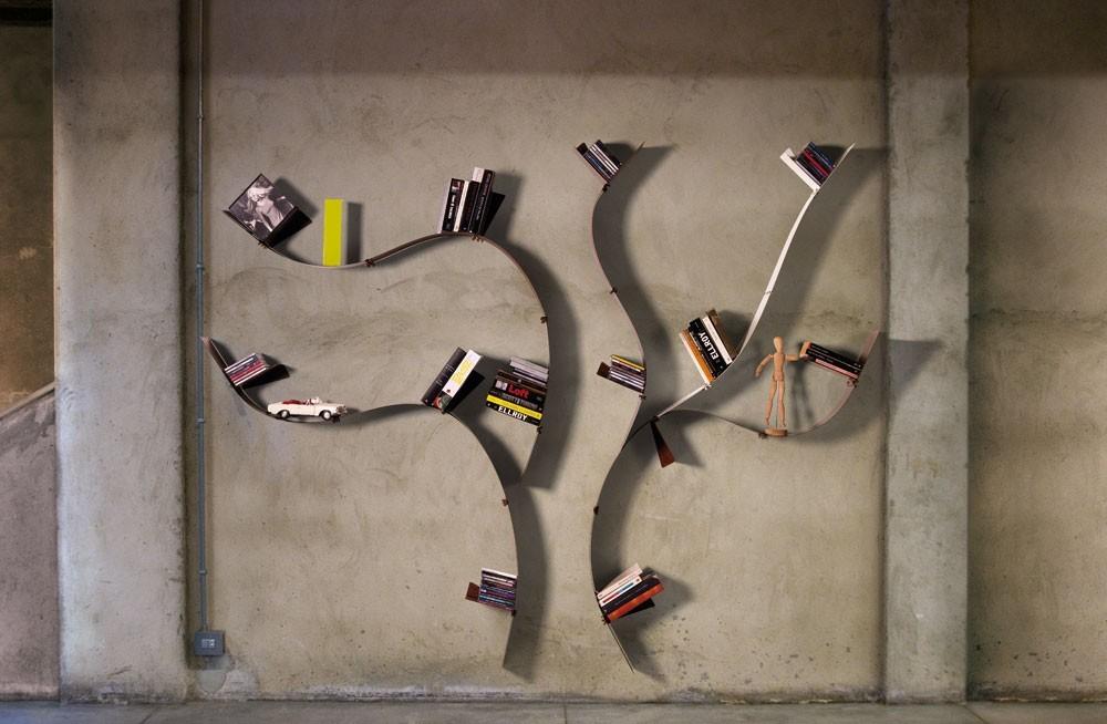 Libreria da parete a forma di albero Wallboarding